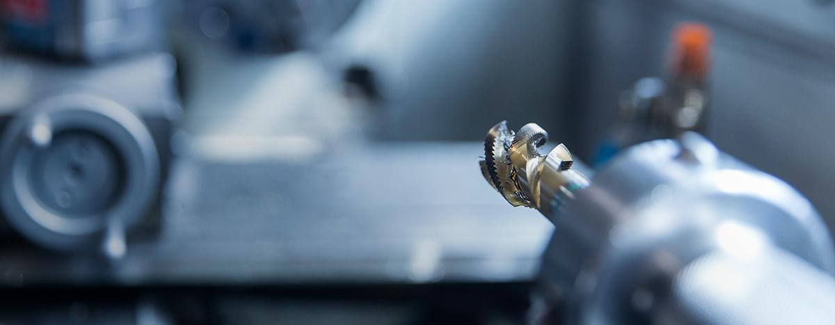 CNC-gesteuerte Dreh- und Fräsmaschinen sowie Langdrehautomaten